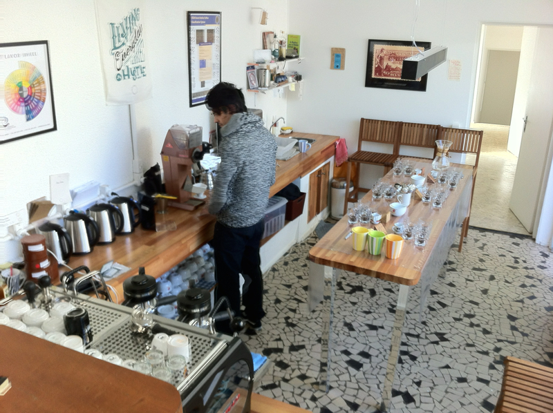 La salle de cupping de FAF Coffee, à Sao Paulo